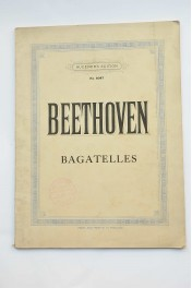 Bagatelles. Partitura musical